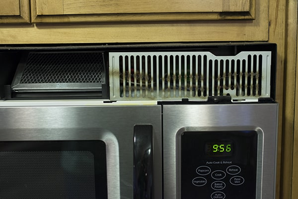 How to clean the microwave vent