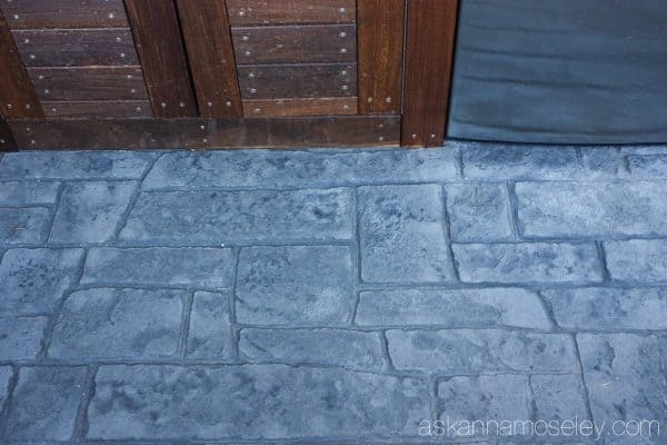 The easiest way to wash a deck, patio or sidewalk, no more scrubbing on your hands and knees! - Ask Anna