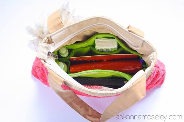 How to organize your purse, and keep it that way, in less than 30 min   Ask Anna