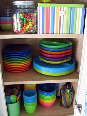 How to organize kids dishes and utensils in less than 30 minutes | Ask Anna