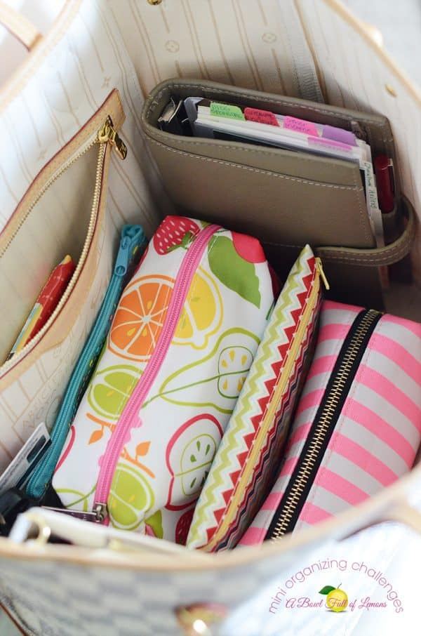 How to organize your purse in less than 30 minutes | Ask Anna