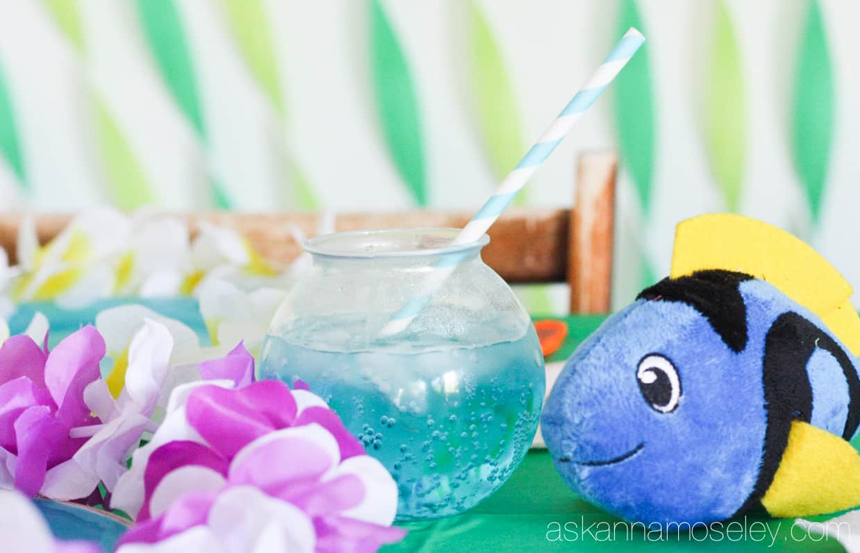 Celebrate the new Finding Dory moving by throwing a swim party! Here are lots of great ideas for your party   Ask Anna