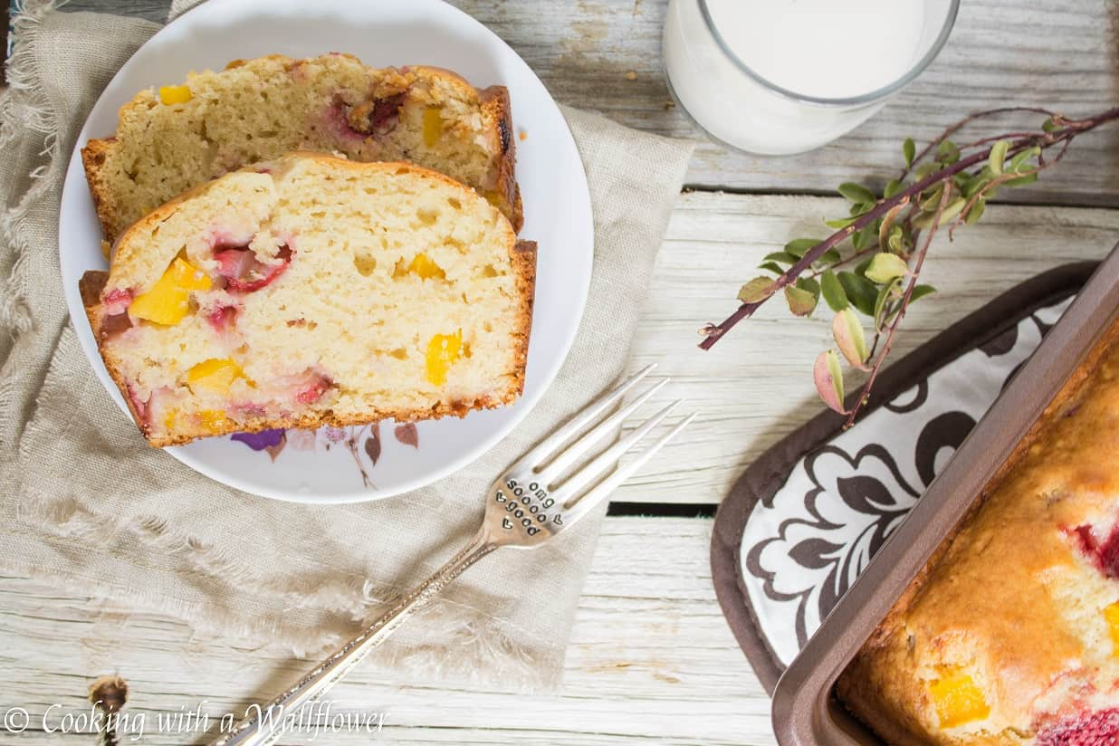 This strawberry mango bread is slightly sweet and so delicious, perfect for a summery breakfast | Cooking With a Wallflower for Ask Anna