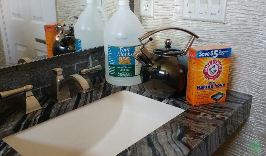 simple household cleaners - drain cleaner, degreaser