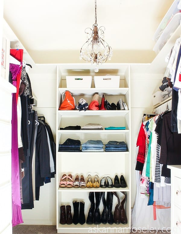 It's the new year and time to clean our all the stuff we've been holding onto for too long! These are my BEST tips for keeping your closets clean and organized all year long. | Ask Anna