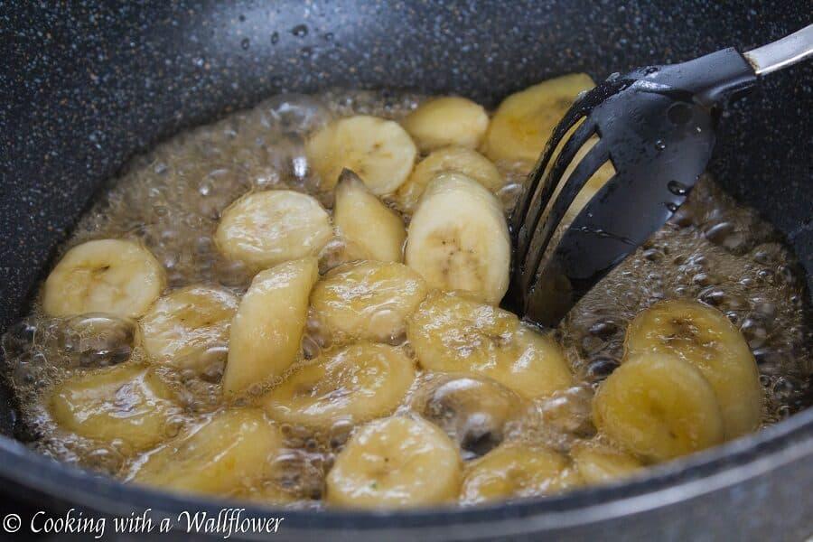 Caramelized Banana Almond Oatmeal