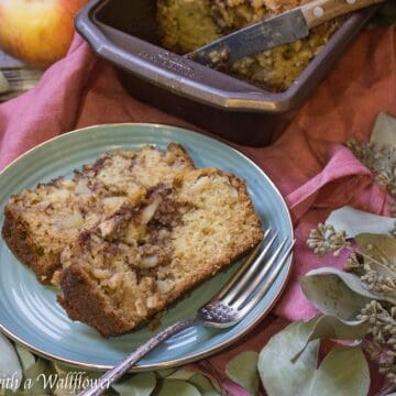 Chai Spiced Apple Bread