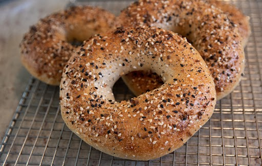 bagels on top of a cooling rack