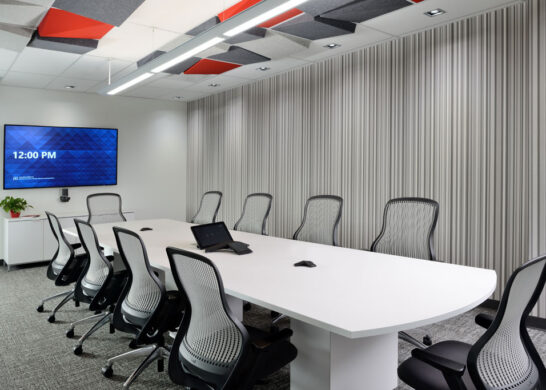 DuPont Canada office - meeting room