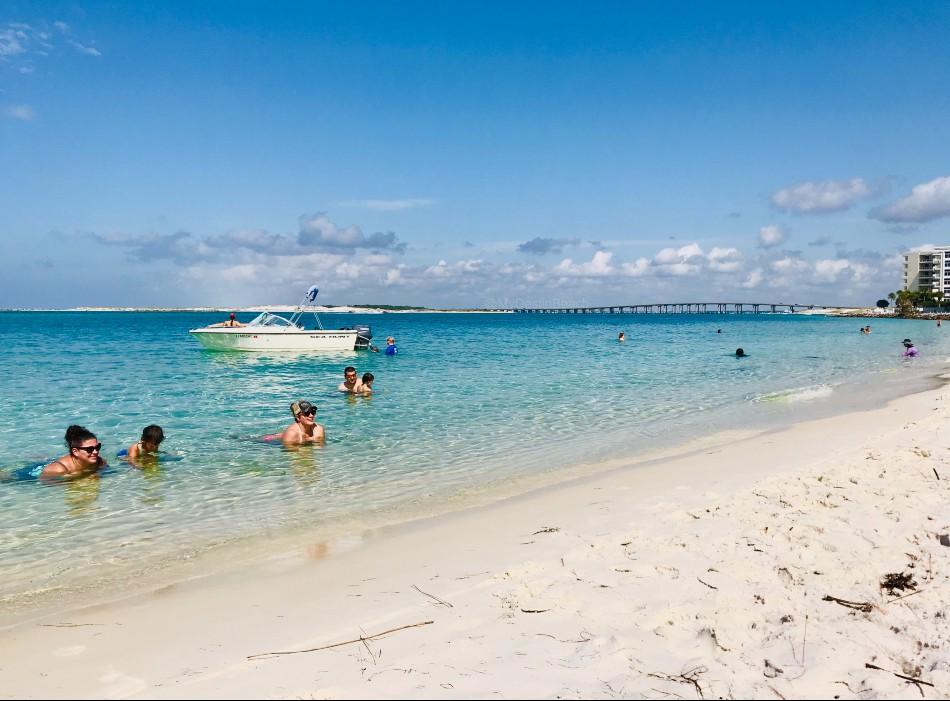 norriego+point_miramar_henderson_beach_james+lee+park_o'steen+beach_spring+break_fudpuckers_henderson+beach_osteen+beach_norriego+beach_mydestinbeach_beach_florida_vacation_travel_family+beach+vacations_where+to+stay_resort_hotel_henderson+beach_crystal+beach_miramar_crystal+beach_james+lee+park_june+white+decker_kid+friendly_family_friendly