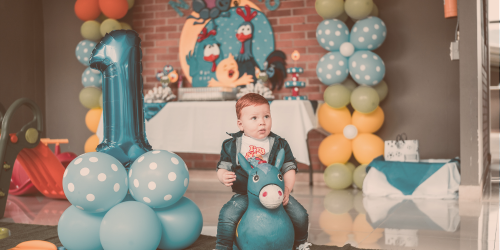 kids party with balloons