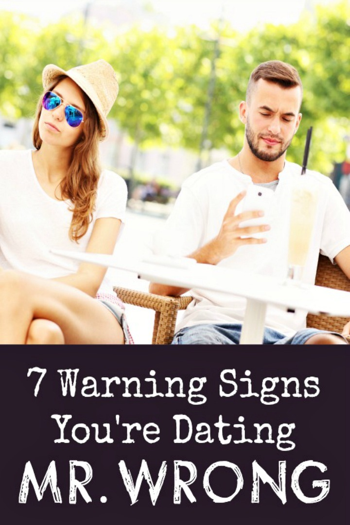 7 Warning Signs Youre Dating Mr. Wrong - HealthPositiveInfo
