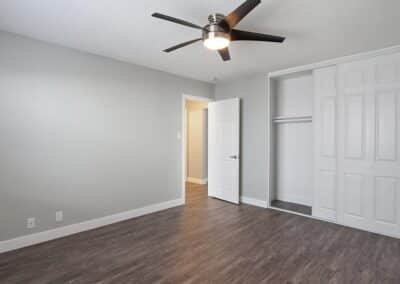 Empty bedroom with ceiling fan