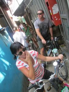bike-tour-bangkok-narrow