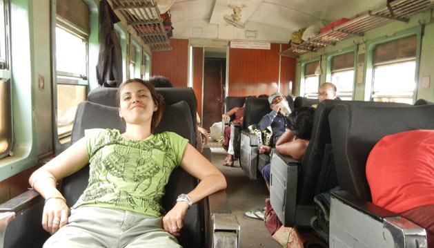 alissa-train-seats