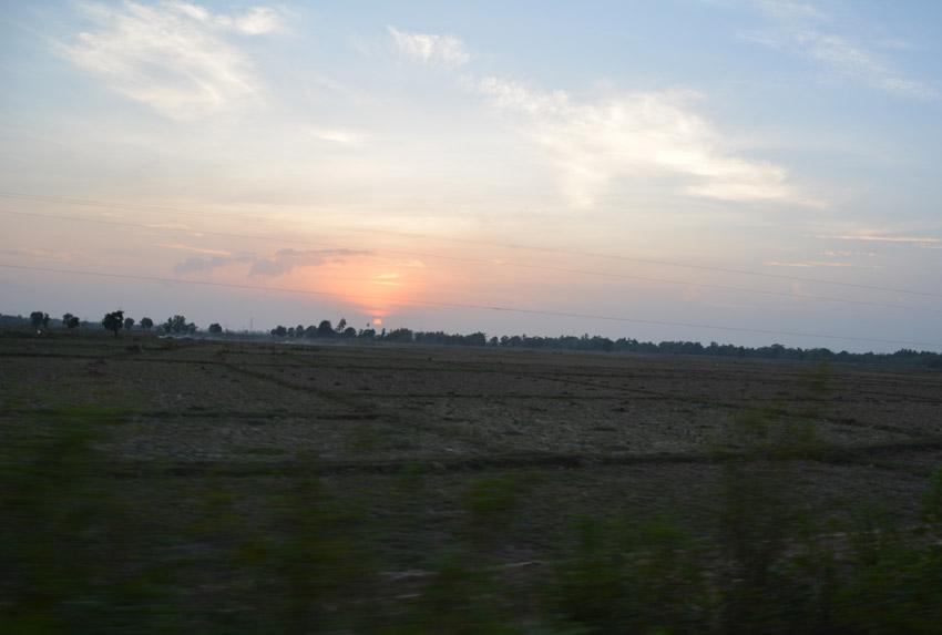 sunset-bus
