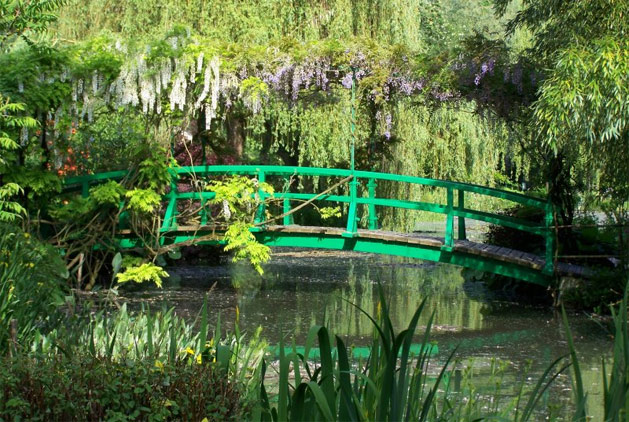 monet-bridge