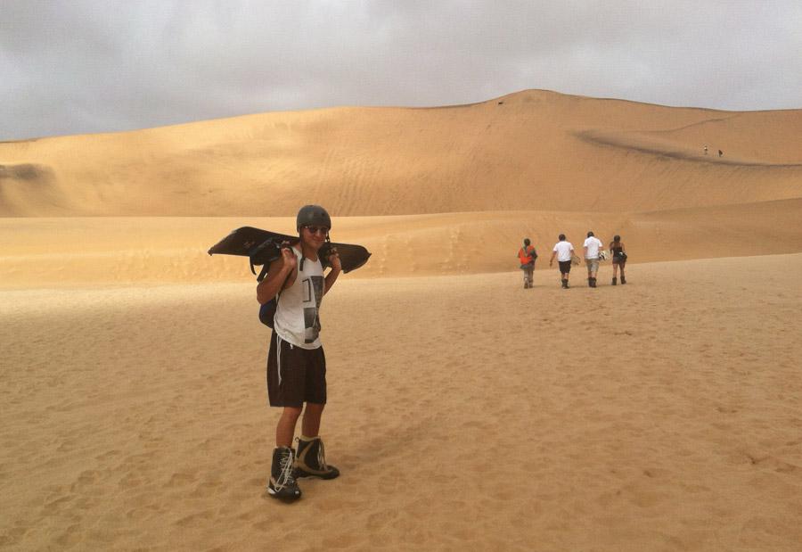walking-the-dunes-432