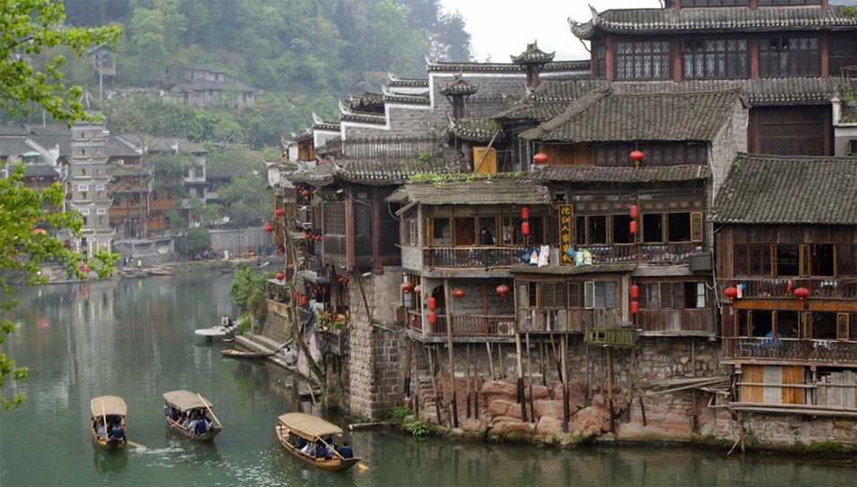 ancient-china-town-river