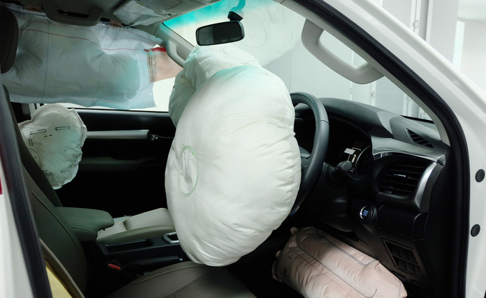 How do airbags work