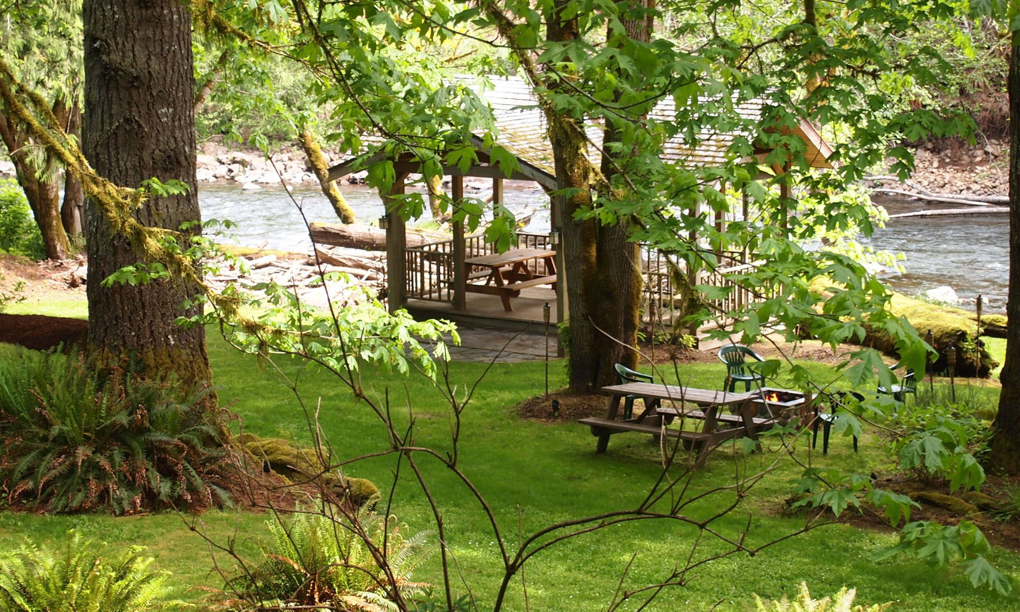 Salmonberry Lodge Grounds