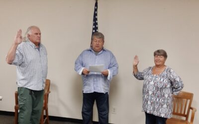 Trustees Sworn into Office
