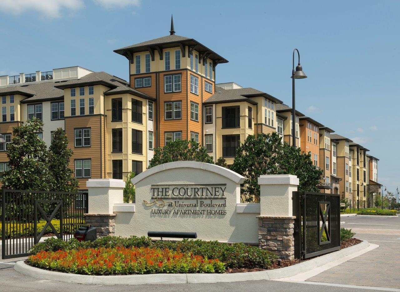 The Courtney at Universal Boulevard | Orlando, FL | 355 Units