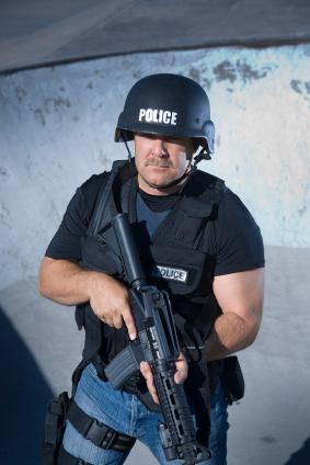 police with AR-15