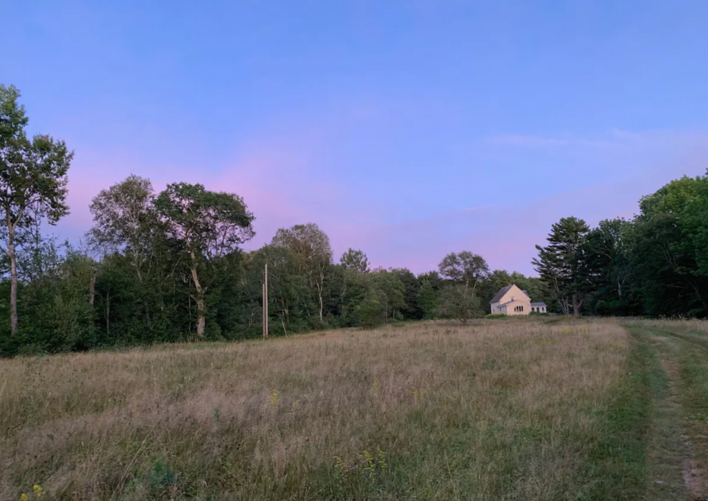 Farmhouase Meadow
