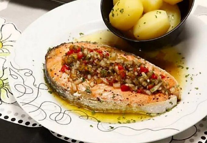 Portuguese Grilled Salmon with Pepper Vinaigrette