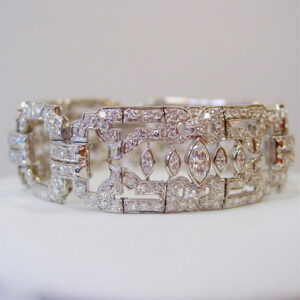 Art-Deco-Diamond-and-Platinum-Bracelet