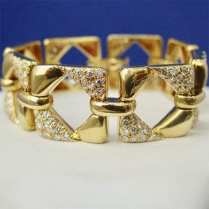 18 Karat Yellow Gold Geometric Link Diamond Bracelet
