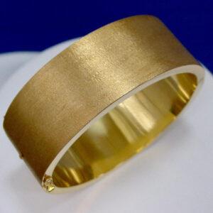 18 Karat Yellow Gold Brushed Finish Bangle