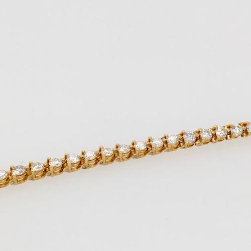 8 Karat Yellow Gold and Diamond Line Bracelet