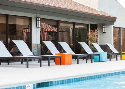 pool side lounge chairs