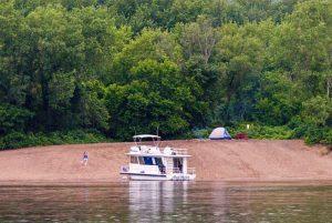 sandbar campers on the Mississippi River
