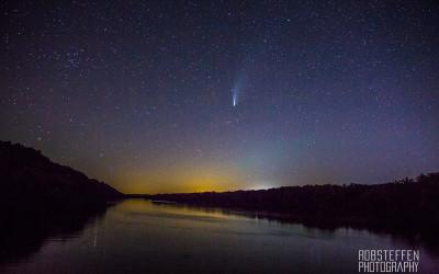 Driftless Dark Skies: Comet Tales