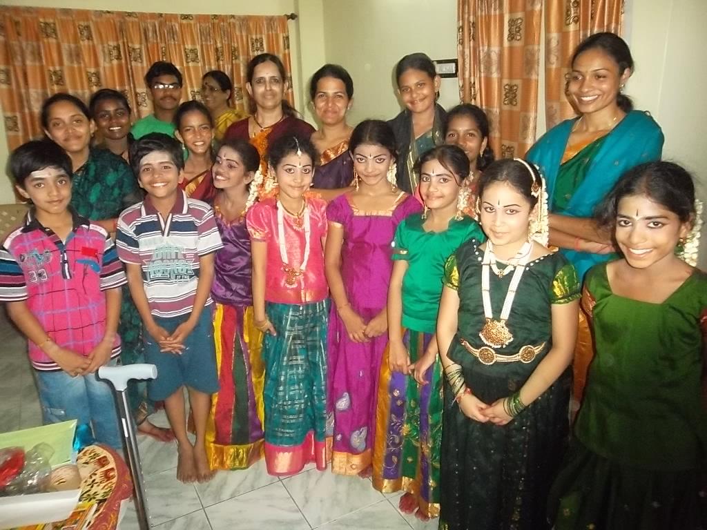 Dance-Students-of-Tyagaraj_