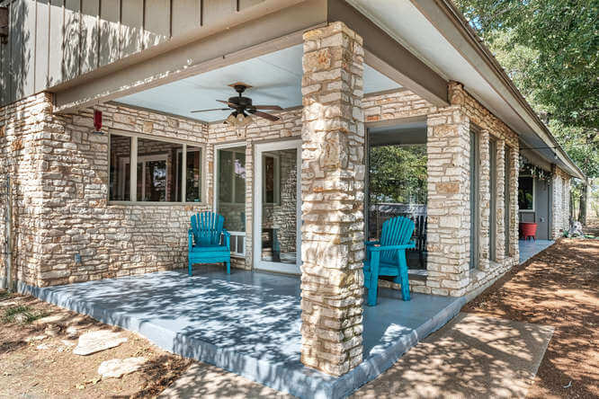 399 Leisure Ln Cedar Creek TX-small-039-046-Side Patio-666x444-72dpi