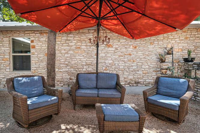 399 Leisure Ln Cedar Creek TX-small-043-014-Front Courtyard-666x445-72dpi