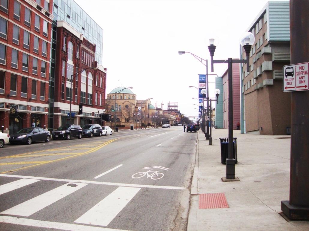 SHORT NORTH STREET LIGHTING