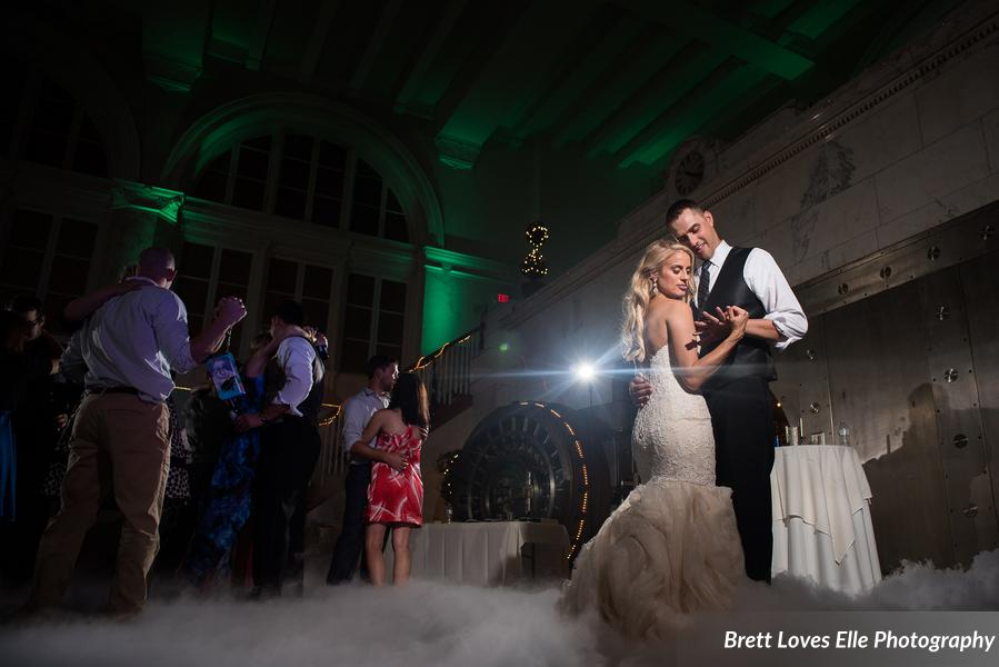 Eldred_Pierce_BrettLovesEllePhotography_LaurenTylerReception345_0_low