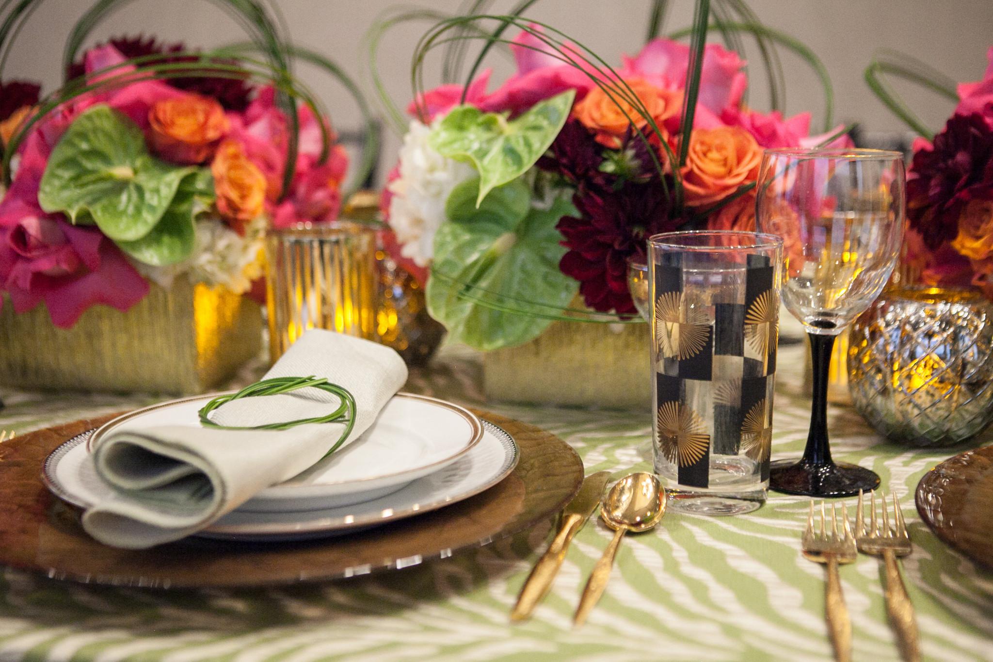 Festive Holiday Tabletop Design