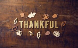 Thanksgiving sign table