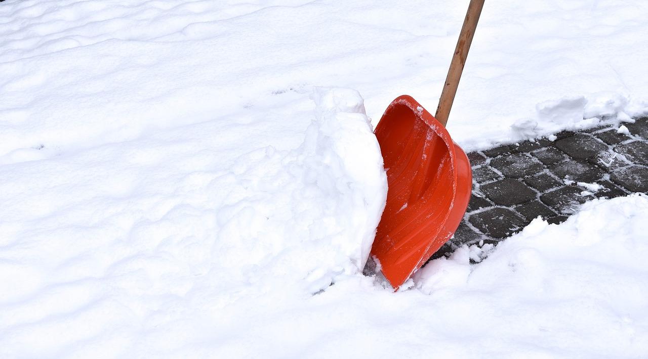 Snow Removal Lancaster - Shovelling Sidewalks