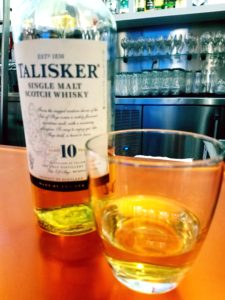 The Whiskey Noob review talisker 10
