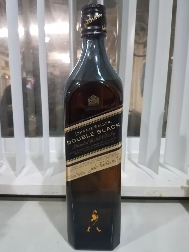 The Whiskey Noob Review Johnnie Walker Double Black