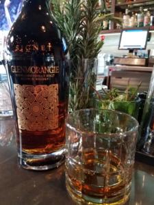 The Whiskey Noob Review glenmorangie signet