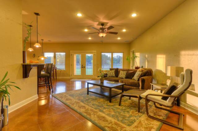 221 dawn dr. liberty hill living room