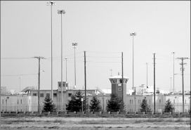 MEDIA LOCKOUT: PRISONS AND JOURNALISTS, by Helene Vosters
